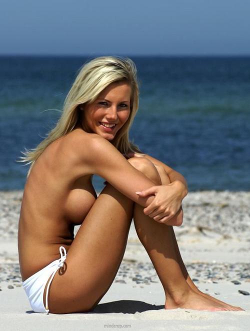 pamela anderson nude getting fucked