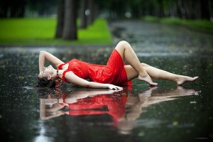 hot-girl-in-rain
